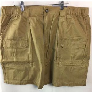 Men khaki cargo shorts